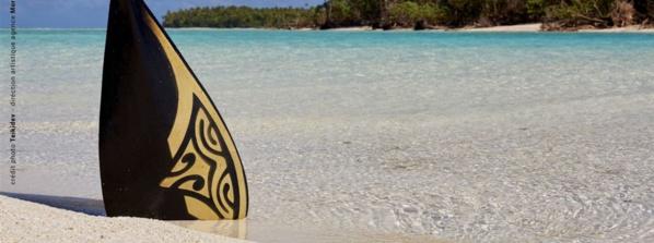 Les trois antennes de Polynésie 1ère au coeur de la Tetiaroa Royal Race