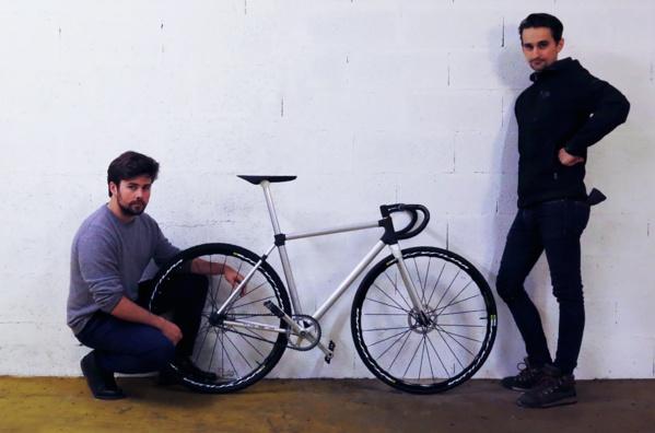 1er vélo fonctionnel imprimé en 3D au monde présenté sur le stand de Sculpteo au CES Las Vegas du 5 au 8 janvier 2017