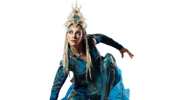 Photo: Camirand / Costume: Mérédith Caron © 2012 Cirque du soleil