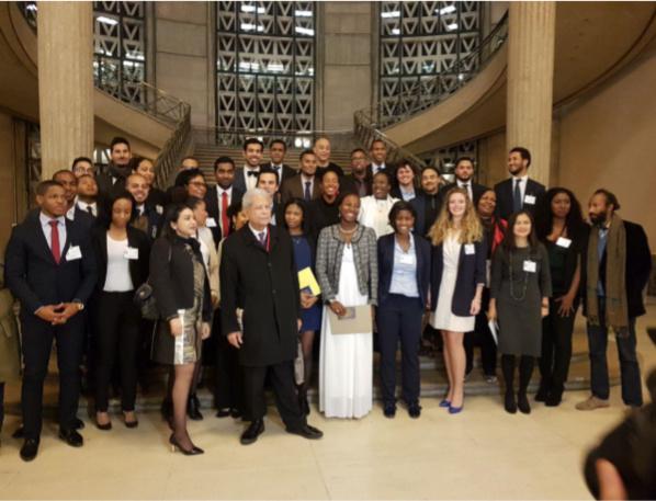 Les Lauréats autour de Yola MINATCHY, Présidente du Réseau des Talents de l'Outre-mer et de Jean-Claude SAFFACHE, Président du CASODOM.