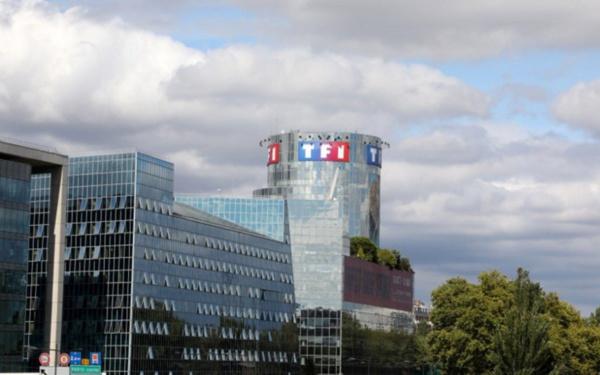 La ministre de la Culture ordonne Canal+ de rétablir les chaînes du groupe TF1 sur son offre TNT Sat, Canal va rétablir le signal dans la soirée