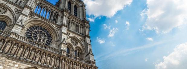 Le Jour du Seigneur: Émission spéciale Notre Dame de Paris sur France 2 et La 1ère