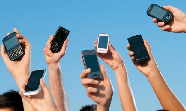 Observatoire des marchés mobiles pour le 1er trimestre 2019 dans les DOM: La croissance du nombre de cartes post-payées se confirme