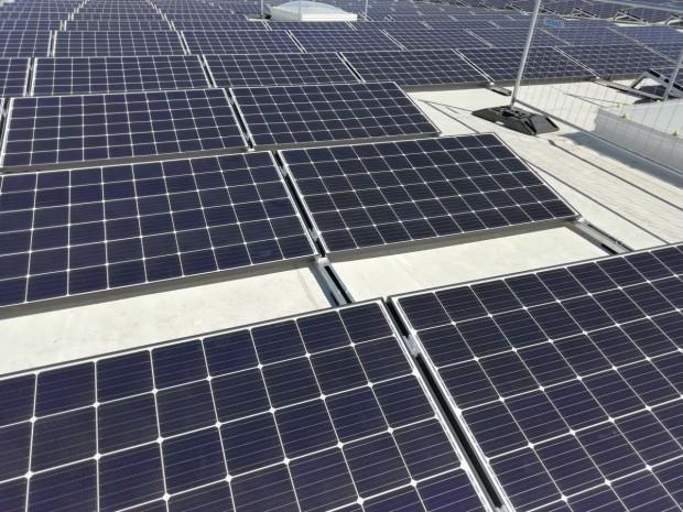 Réunion : la panique de la filière photovoltaïque