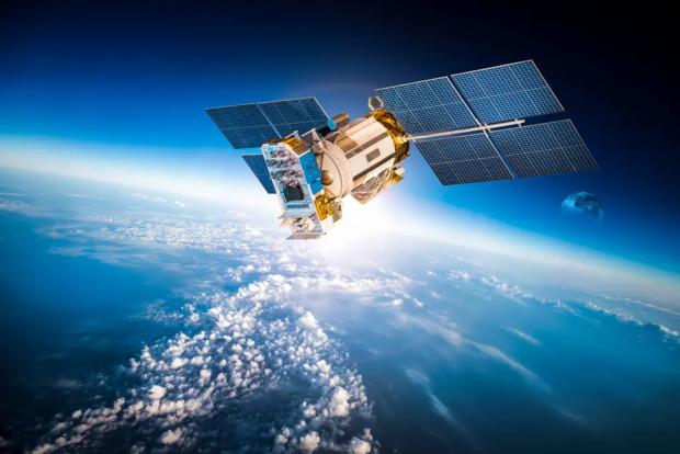 Très haut débit: la Guyane première région de France à investir dans une charge satellitaire