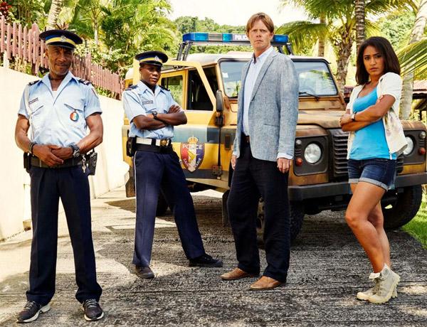 """Guadeloupe: Le Président de la Région, Victorin Lurel, sur le tournage de la série """"Meurtre au Paradis, Saison 5"""""""