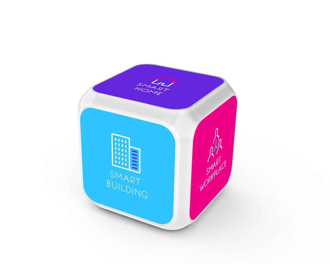 CES 2017: Le QuB d'Axible, le premier dash button à 6 faces pour des demandes de services à la carte