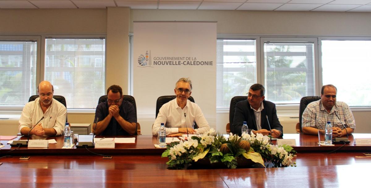 De gauche à droite sur la photo : Philippe Gervolino,Jean-Louis d'Anglebermes, Jean-Francis Treffel, Philippe Germain etDavid Vergé
