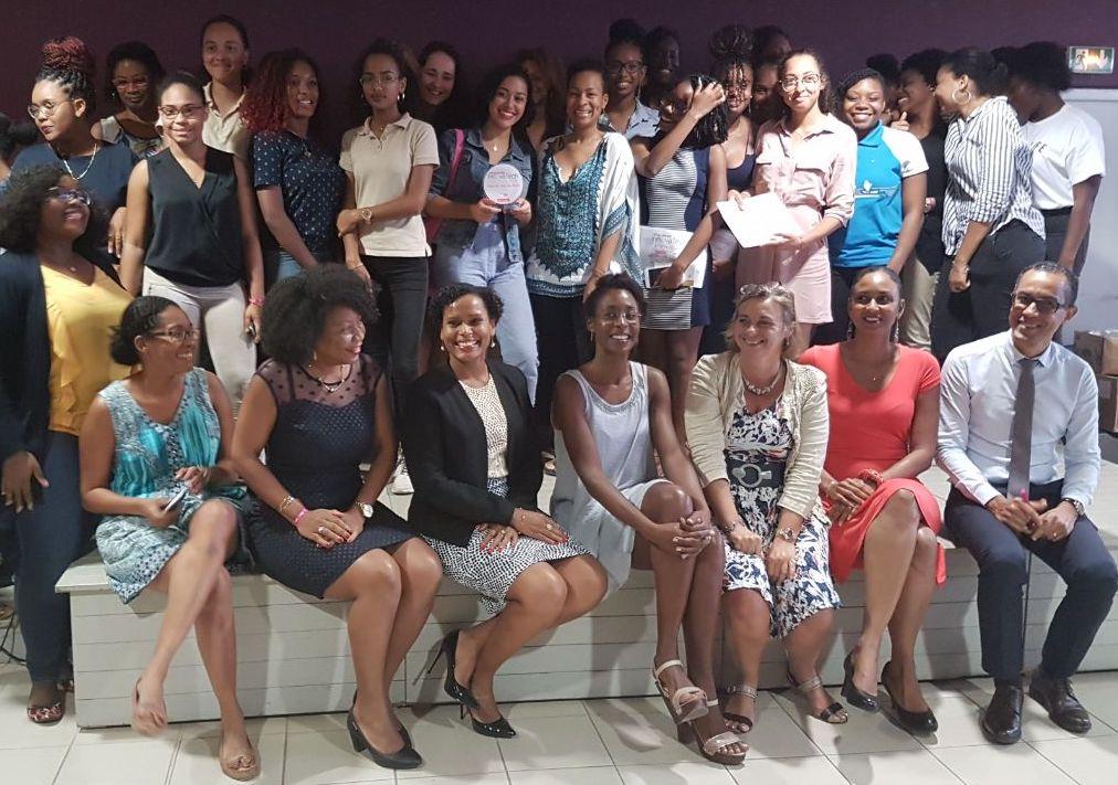 Challenge InnovaTech-Elles bougent : Les étudiantes de la Martinique pitchent à Bercy