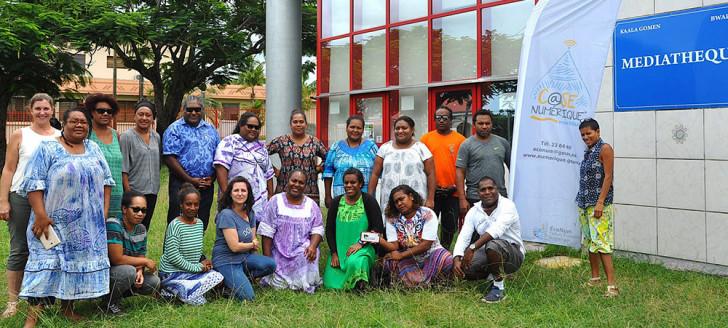 Les participants de la 8e rencontre des animateurs numériques et Angéla M'Boueri-Travouillon de la cellule ÉcoNum