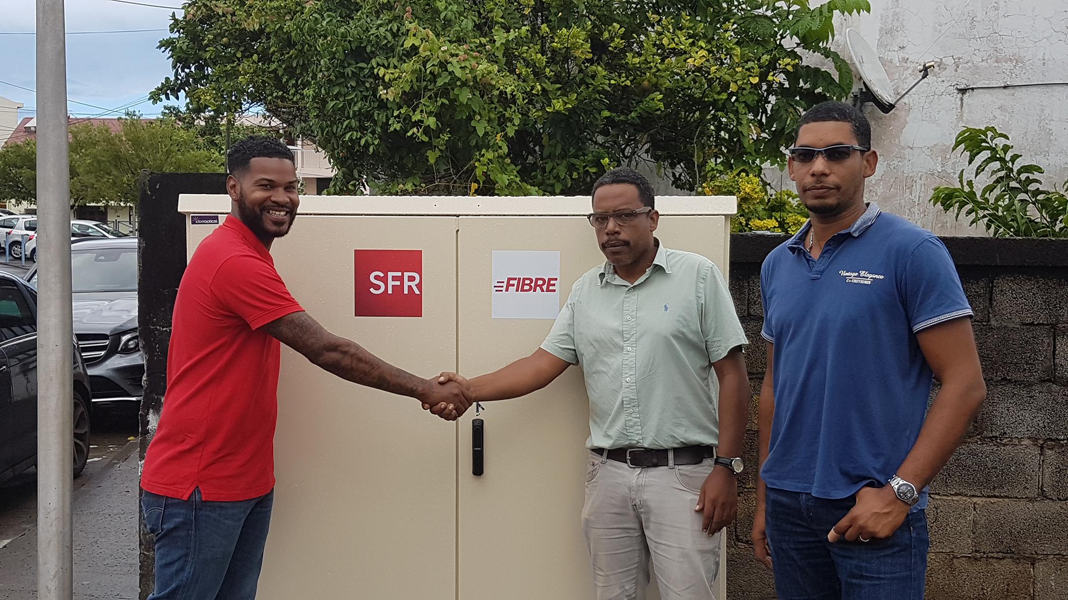Martinique: SFR installe la Fibre optique (FTTH) dans la commune du Robert