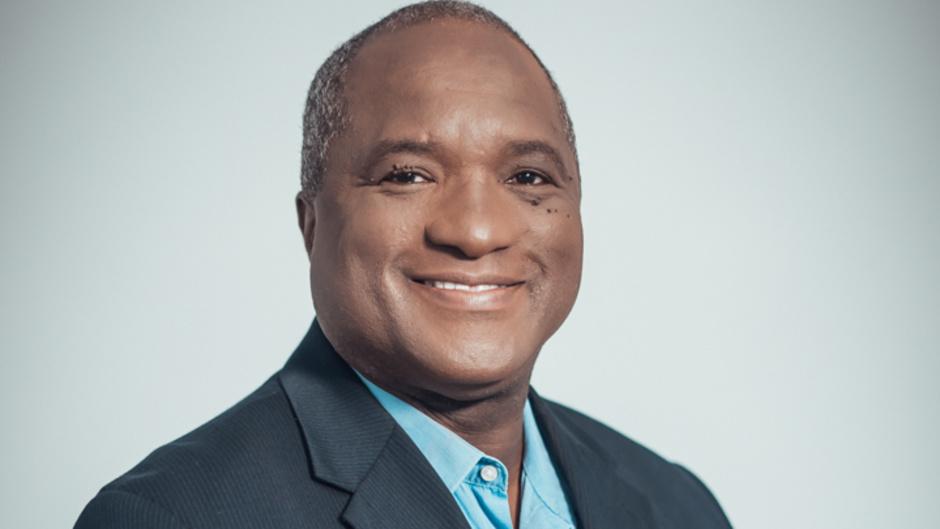 """""""Entre les lignes"""" le nouveau magazine d'actualité de Martinique La 1ère"""