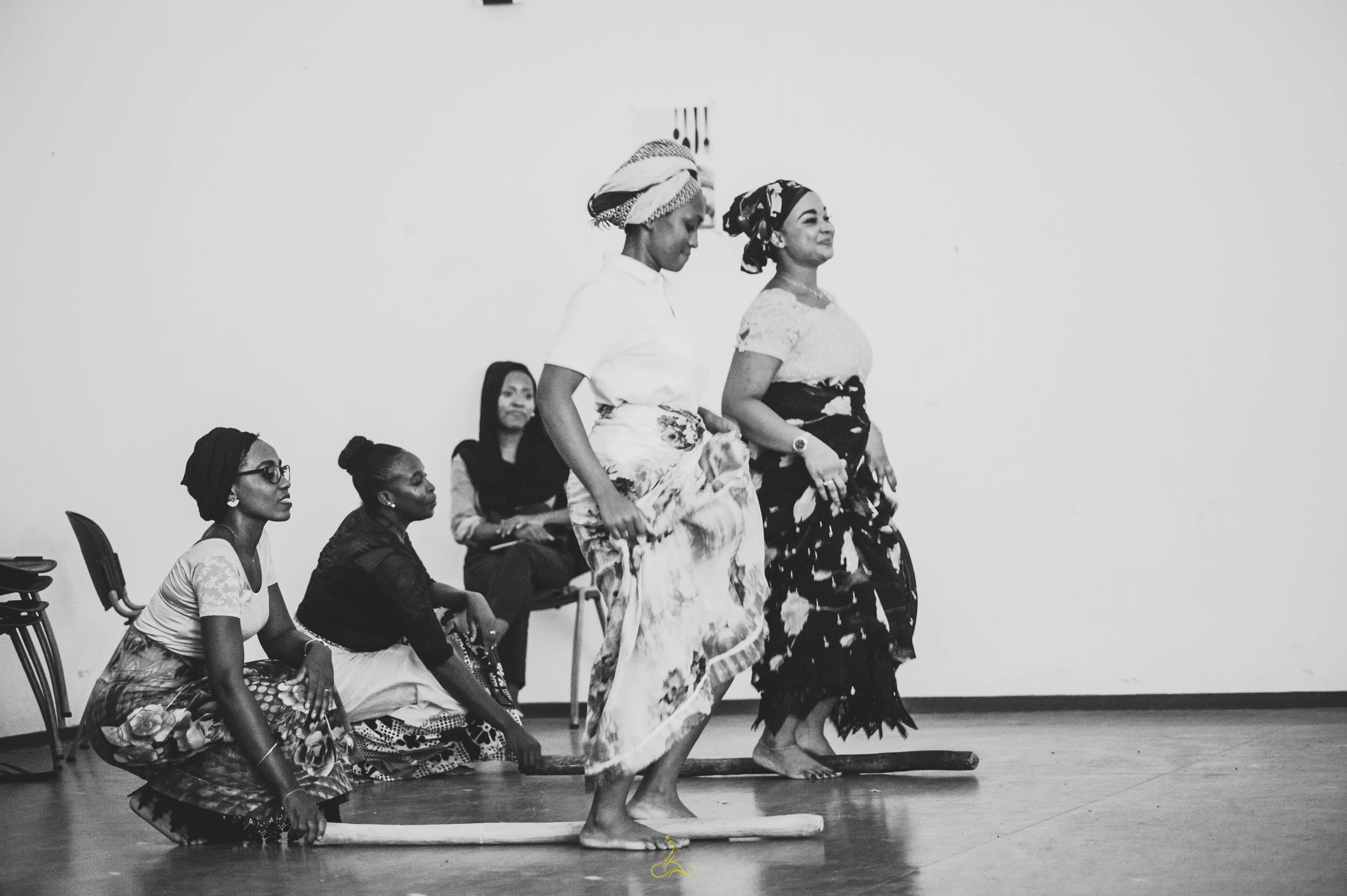 """La chanteuse mahoraise Zily présente son nouveau single """"Tsika"""" et dévoile son nouveau projet audacieux"""