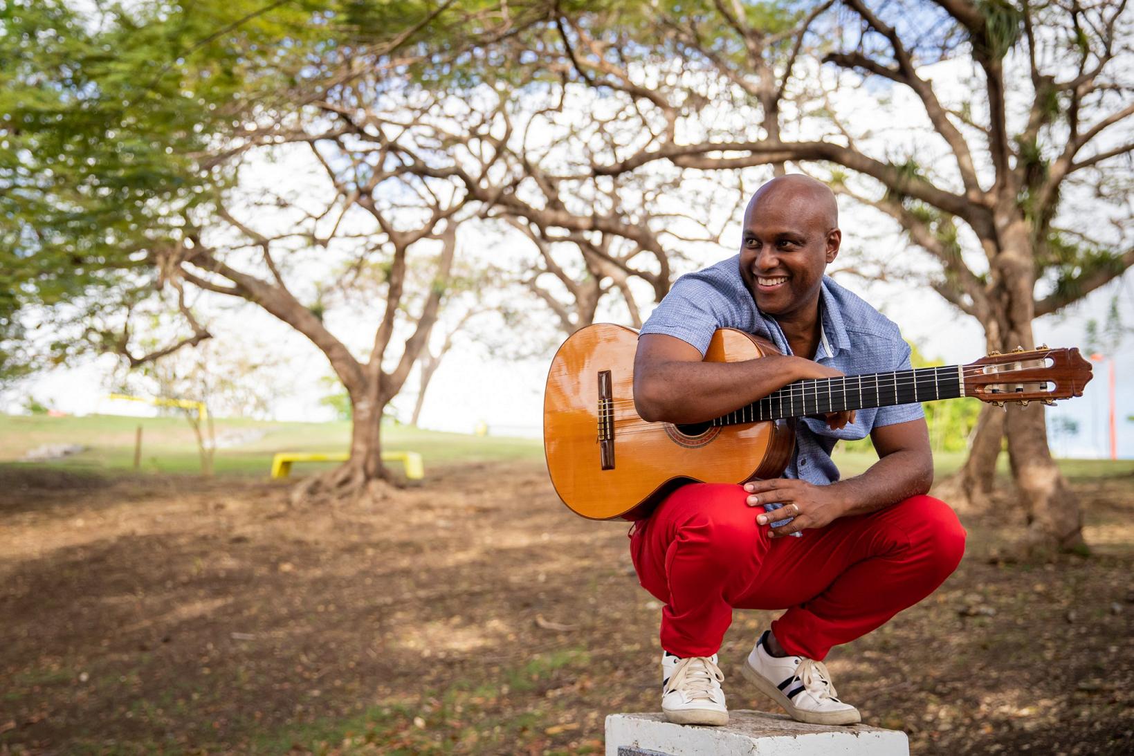 Guadeloupe La 1ère: Soirée musicale le 13 août avec la diffusion du concert de Fred Deshayes