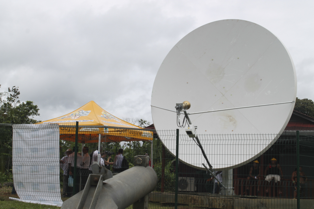 Guyane: Ouverture de la ligne téléphonique à Camopi