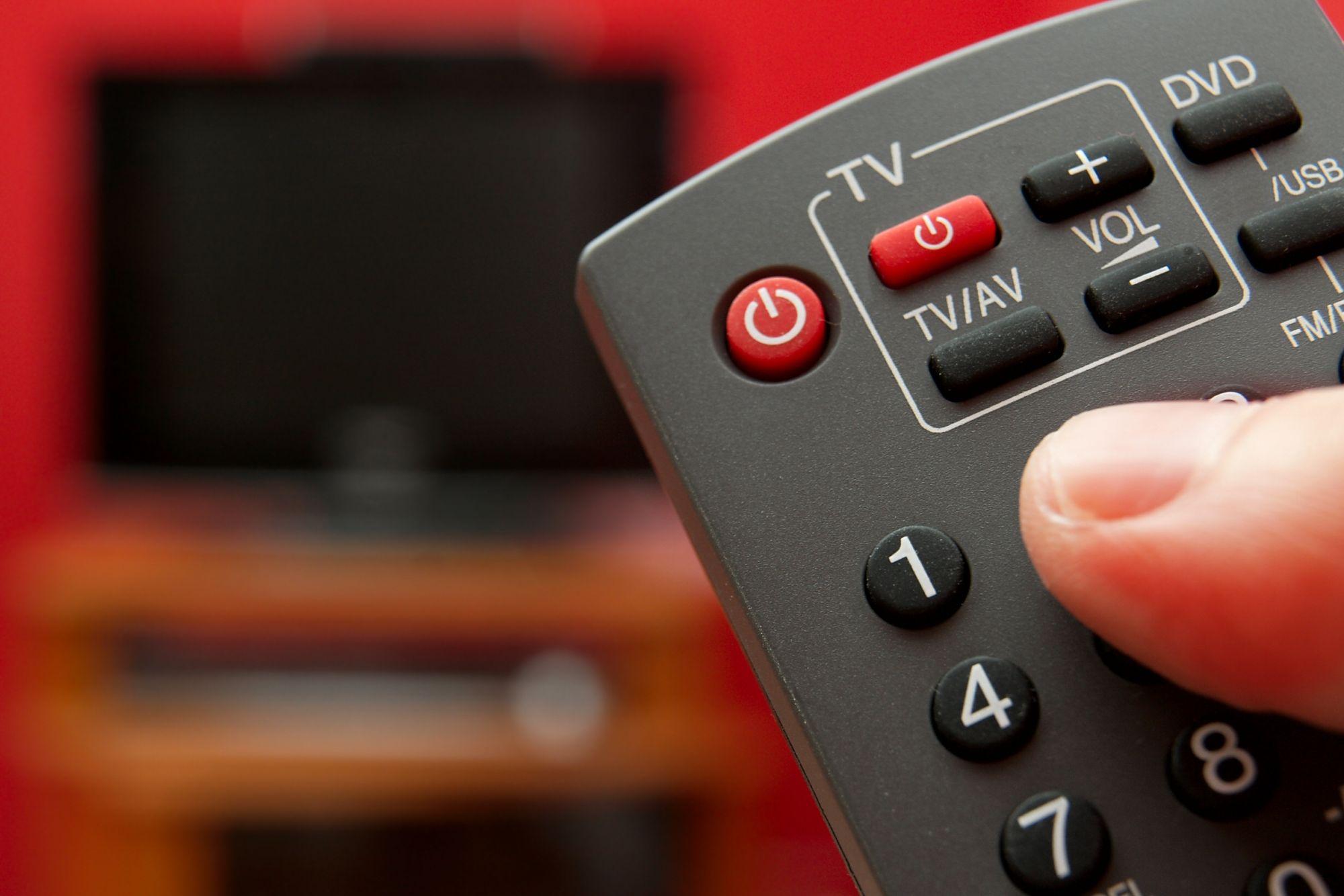 """Mayotte: Le CSA reconduit les conventions des chaînes """"Kwezi TV"""" et """"Télémante Mayotte"""""""