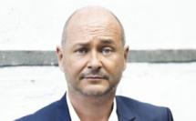 """Cauet débarque à partir du 29 août sur Virgin Radio de 18h à 21h avec """"Cauet/"""" (""""Cauet s'lâche"""")"""